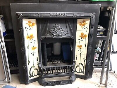 Beautiful cast iron floral tiled fireplace insert in great condition