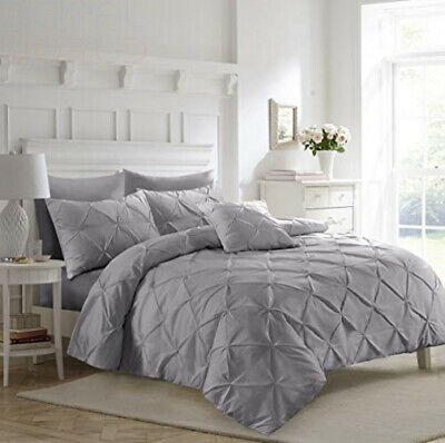 Fixtex White Pinch Pleat Pintuck Duvet Cover Set with Super King, Silver