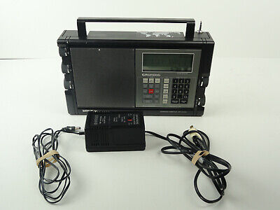 GRUNDIG Satellit 700  FM/AM/SW/MW/LW Portable World Radio