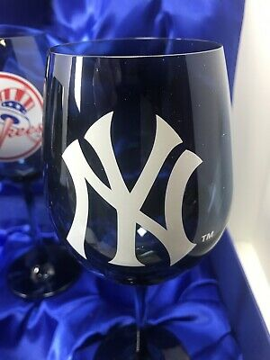 🔥 Bradford Exchange Yankees Pride Wine Glass Set & Satin Lined Gift Box 2019 LE