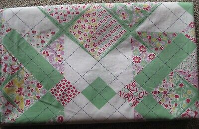 """Vintage Tablecloth Homemade Sheet-Type Cloth Green Red Quilt-Look 71"""" x 83"""""""
