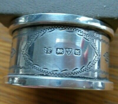 Chester hallmarked 2 solid silver napkin rings date 1917 31 g perfect conditio