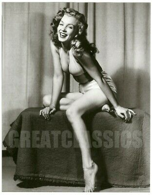 MARILYN MONROE IN SWIMSUIT 1940s SEXY VINTAGE DBLWT PHOTOGRAPH BY EARL MORAN