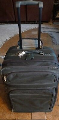 "Atlantic Luggage 25"" Rolling Suitcase Lots of Storage Expandable"