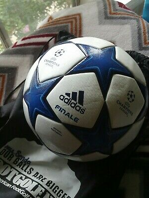 2011 Adidas Champions league OMB FINALE soccer ball, W/Box. S5 Blue White Stars.
