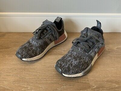purchase cheap 4cf31 44326 ADIDAS NMD_R1 RUNNER W Nomad Women's Heather Grey Raw Pink 3M White BY9647  Boost