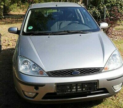 Auto Ford Focus D