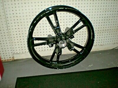 Late Model Harley 19 Inch Front Mag Wheel (s/r)