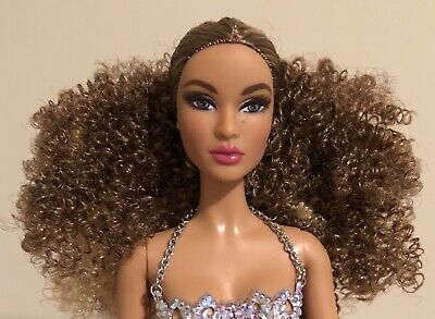 Luciana Global Glamour Barbie Doll Nude Bodysuit Stand Nichelle AA Articulated