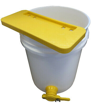 Beekeeping Uncapping Ledge & 20 litre bucket and three strainers Free P&P