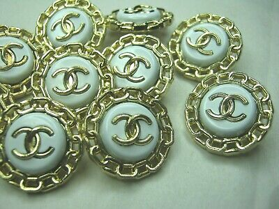 Chanel 10 cc buttons  WHITE GOLD CHAIN 20mm lot of 10 good condition