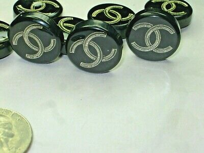 Chanel 8 cc buttons   BLACK SILVER resin 20mm A SET  of 8 good condition