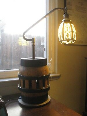 Antique Wagon Wheel Bridge Arm Western Chic Table Lamp Slag Glass & Brass Shade