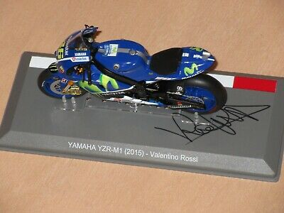 Valentino Rossi Signed 2015 Yamaha Moto Gp Model 1:18 Very Rare Official Product