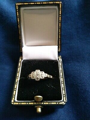 MAKE ME AN OFFER! Gorgeous1920 18ct platinum diamond ring (size N and a half)