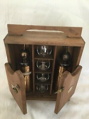 Rare Vintage Scotch Bourbon Glass Decanters W/ 4Glasses & Wooden Carrying Case