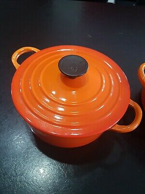 Le Creuset burnt Orange  Cast Iron Round Casserole #19 19cm