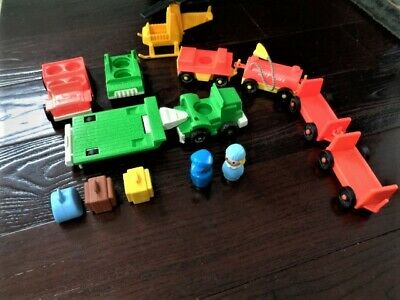 Fisher Price Little People  Airport 996 Cars Luggage People Trams