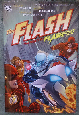 DC Comics The Flash The Road to Flashpoint hardcover graphic novel VGC