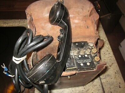 US Army Signal Corps field telephone EE 8A WW2 in leather case #1