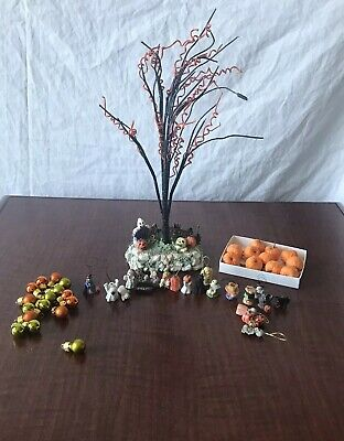 Halloween Tree And Ornaments Mini Decorations Pumpkin Ghost Witch Cat Skelton
