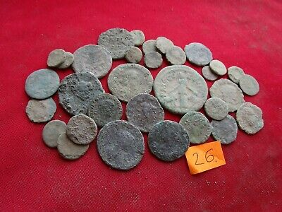 Ancient Roman coins - MIX GRADE COINS FOR CLEANING - 30 pieces . Lot 26.