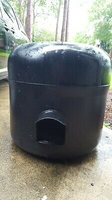 Outdoor Cat House - Insulated Heated Waterproof - cool in summer, warm in winter