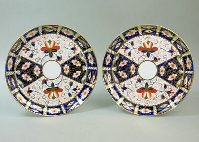 Antique Pair Of Royal Crown Derby 2451 Imari Porcelain 9' Cabinet Plates C.1910
