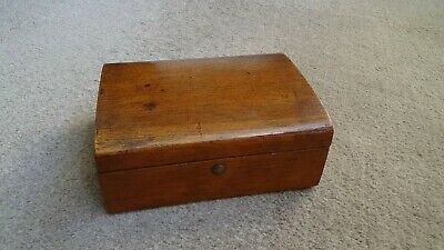Antique Victorian / Edwardian Small Desk Top Box With Catch
