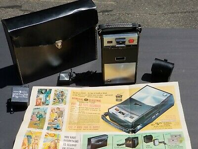 RARE General Electric GE SOLID STATE CASSETTE TYPE Portable Tape Recorder Case++