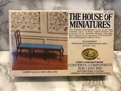 The House Of Miniatures - No 40043 - Chippendale Day Bed - Circa 1750 - New