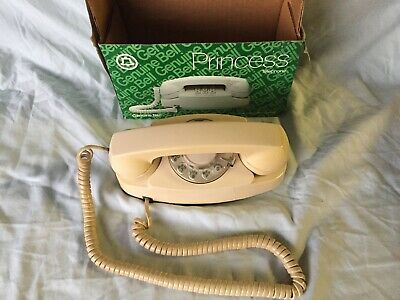 Vintage Western Electric Princess in Box phone CS702BM