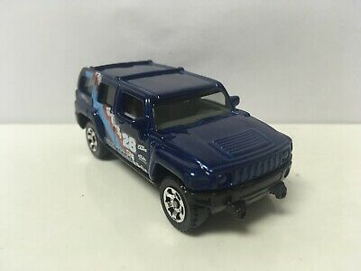 2006 06 Hummer H3 Collectible 1/64 Scale Diecast Diorama Model