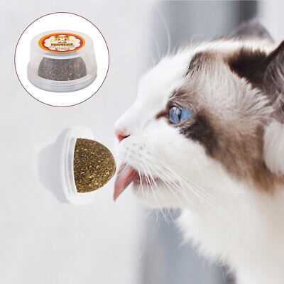 Novelty Kitten Lick Edible Treating Cleaning Teeth Catnip Ball Cat Toys Supplies