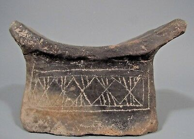 Ecuador Ecuadorian Guangala Culture Pottery Incised Decor Head rest ca. 500 AD