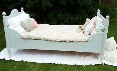 Antique 19th Century French Grey Painted Rustic Solid Pine Sleigh Day bed Single