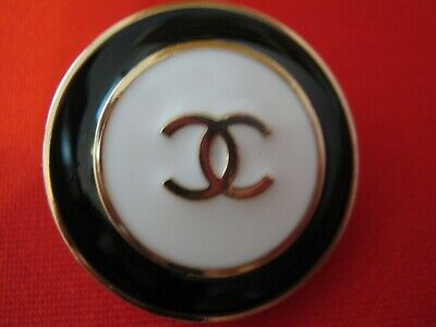 Chanel 2 buttons  25mm lot of 2 GOLD CC