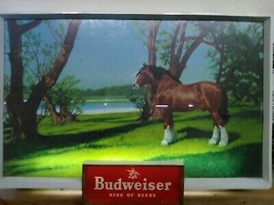Budweiser beer lighted sign clydesdale