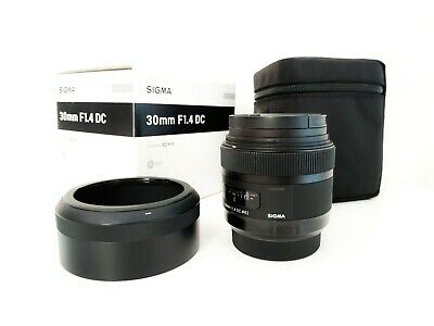 Sigma Art 30mm (Sony A-Mount) f1.4 DC HSM APS-C