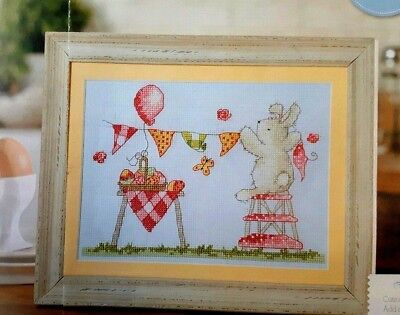 (C) Easter cross stitch chart - Cute bunny Rabbit - Bring out the bunting