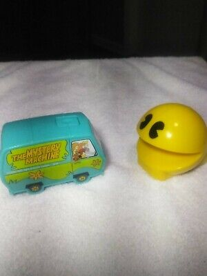 Junk drawer Vintage lot Rare Wind Up Pac-man  & Rare The Mystery Machine lights