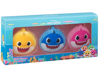 Baby Shark Childrens 3 Pack Bath Time Fun Gift Fizzer Set