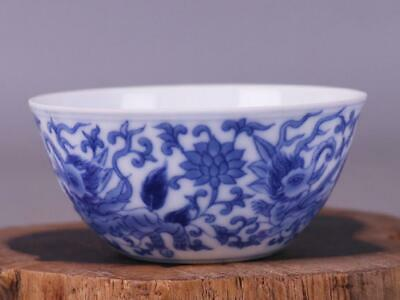 chinese old Blue and white porcelain hand-painted Sea lions pattern cup 08331