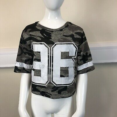 New Look Girls Green Black Camouflage Print Short Sleeved T-Shirt UK Age 9 Years