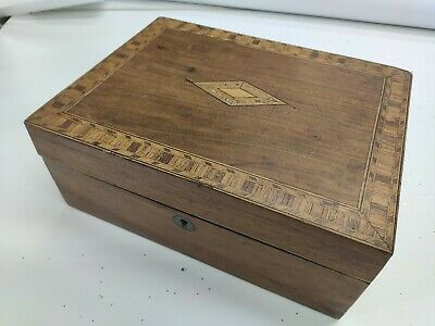 Inlaid Marquetry Wooden Antique Jewellery / Sewing Box / Tunbridge ware