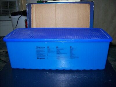 Tupperware Fridge Smart Produce Vent Container With Lid Blue Good Condition