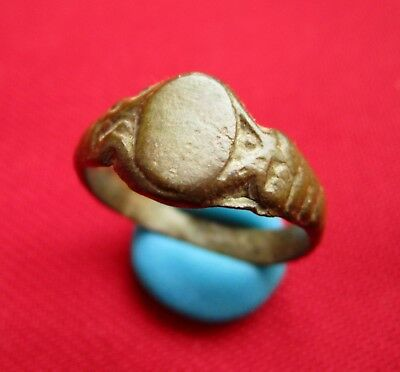 Amazing Ancient east Roman bronze lady ring . XF condition