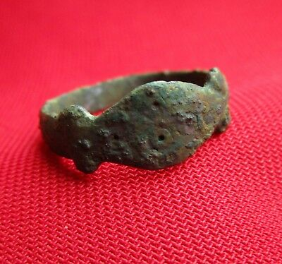 Ancient Roman  bronze ring . circa 300 AD.