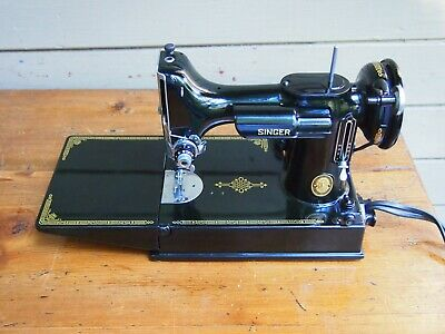 VTG 1952 Singer Featherweight 221 Sewing Machine, Case, Foot Control, acc-nice