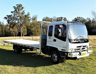 Isuzu 2003 FRR550 Long 6.7m Tray Low Kms Can carry 6.4 Ton